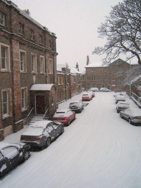 Palace Street East