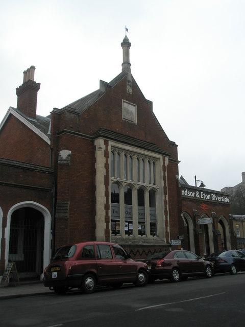 Windsor & Eton Riverside railway station