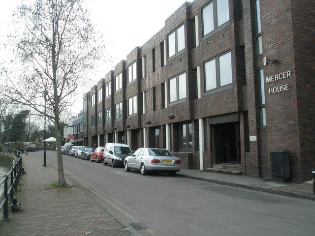 Mercer House on Thames Side