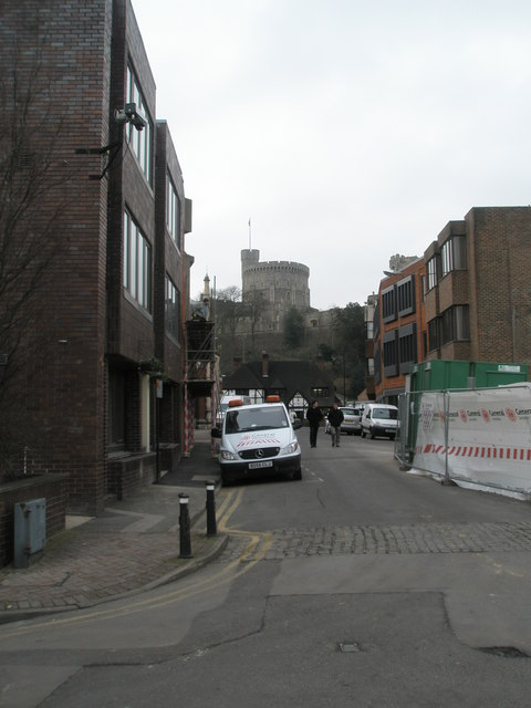 Looking from Thames Street towards the castle