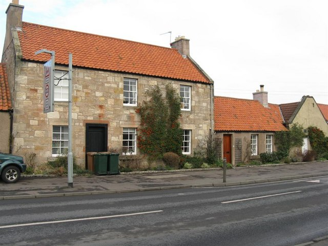 Houses on Newcraighall Road