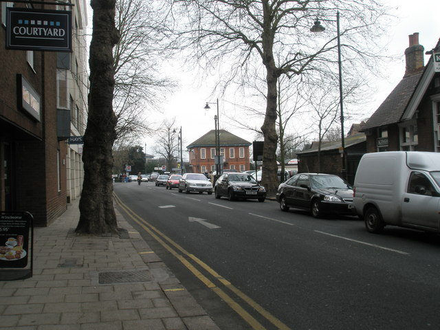 Looking north-east up the Datchet Road