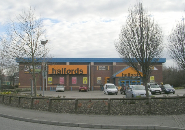 Halfords - Park Road Retail Park