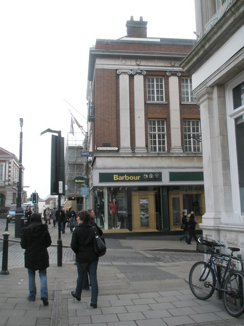 Junction of Peascod Street and High Street