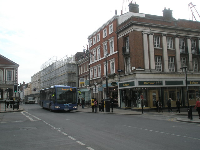 Bus in Windsor High Street