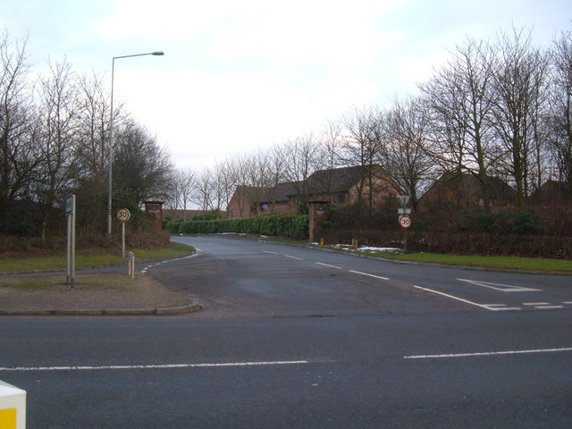 Entrance to Neath Hill