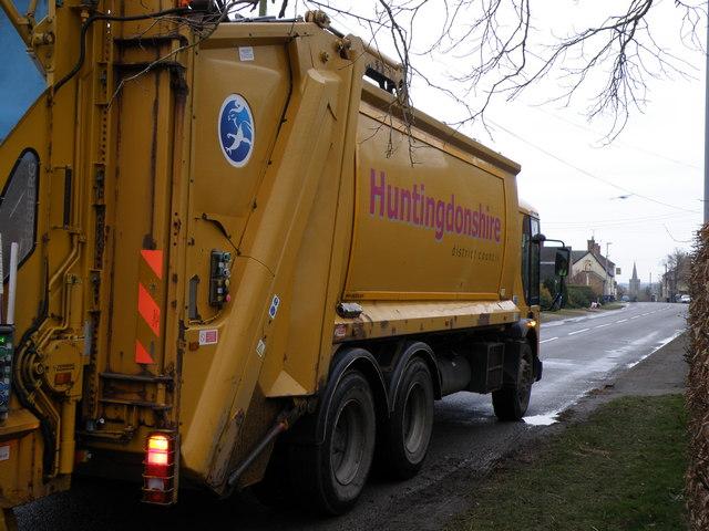 Huntingdonshire bin lorry