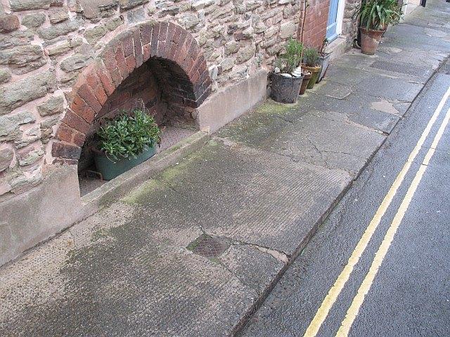 Cellar entrance, Raven Lane