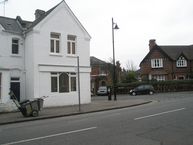 Junction of Frances Road and the eastern part of Grove Road