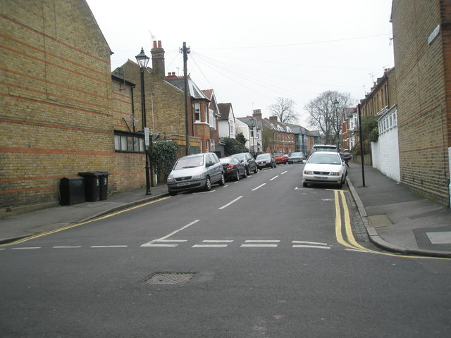 Looking across Alexandra Road and  westwards along Beaumont  Road