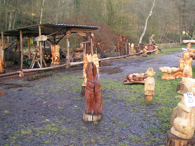 Chainsaw carving at Dean Heritage centre