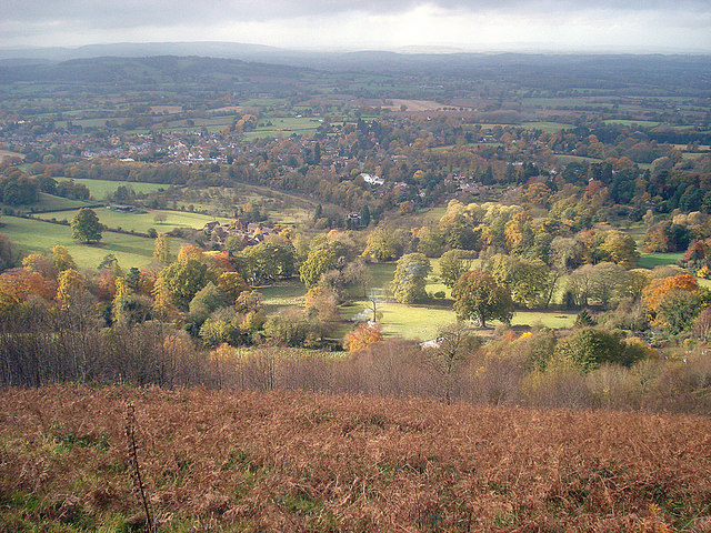 Autumn colours near Colwall Stone