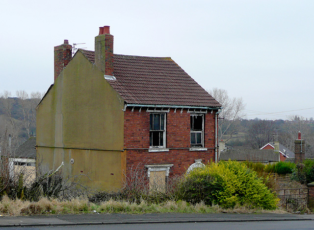 Derelict house at Gornalwood, Dudley