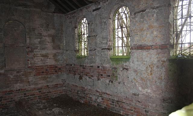 Chapel interior, Swinmore Common
