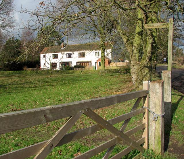 Path to Common Farm
