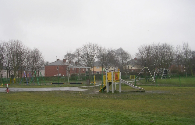 Outwood Park Play Area - Ledger Lane