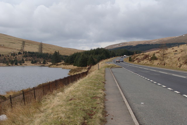 Beacons Reservoir and the A470