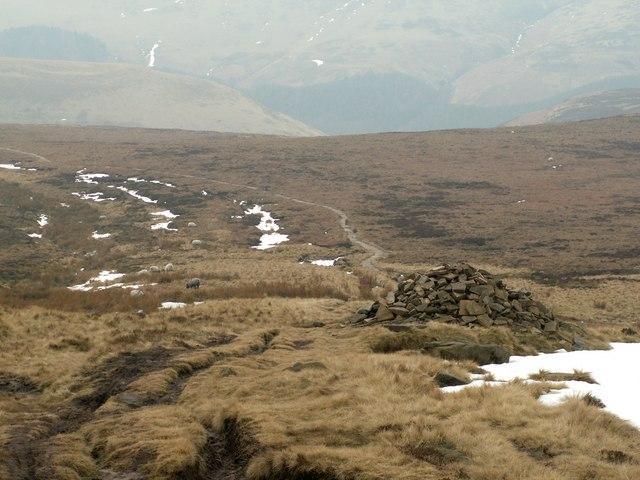 Cut Gate End Cairn