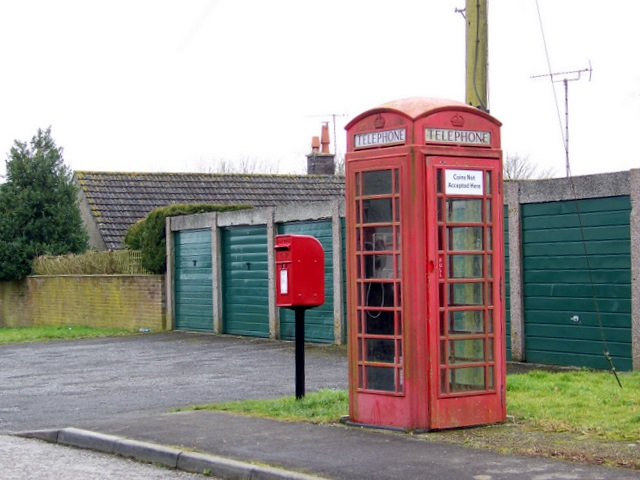 Telephone box and postbox, Charlton