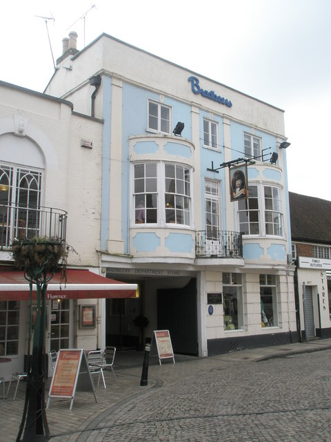 Bradbeers in Romsey town centre
