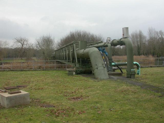 Longham, pipeline