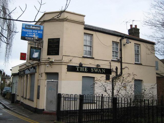 Kingston upon Thames: The Swan