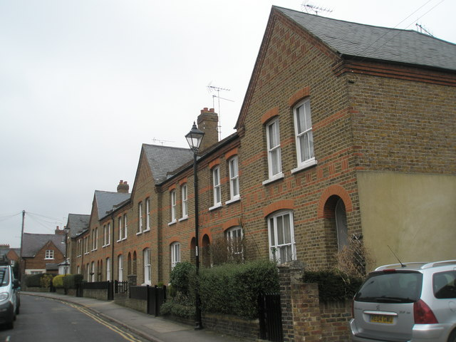Mid section of Alexandra  Road