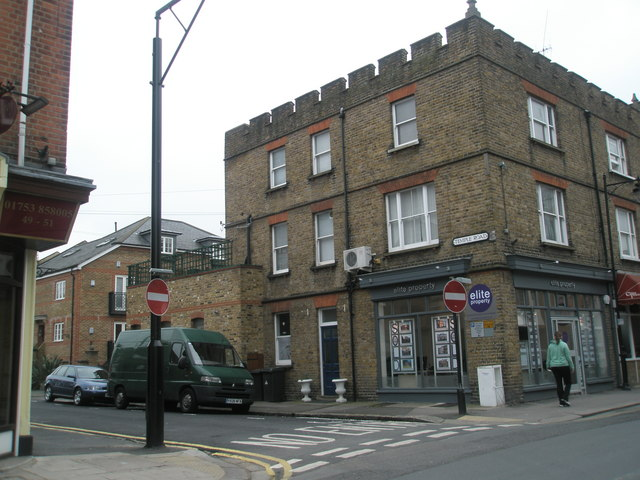 Junction of St Leonard's and Temple Roads