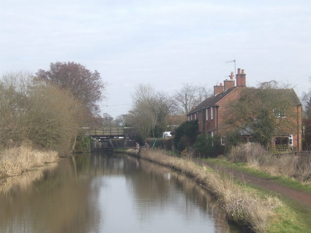 Canalside Cottages at Whitford Bridge