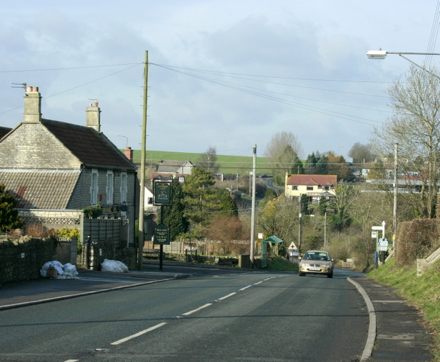 2009 : Timsbury Road, Farmborough Looking north