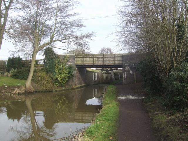 Worcester & Birmingham Canal - Bridge 46 -Whitford Bridge