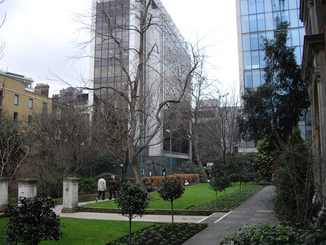 Churchyard St. Botolph's without Bishopsgate