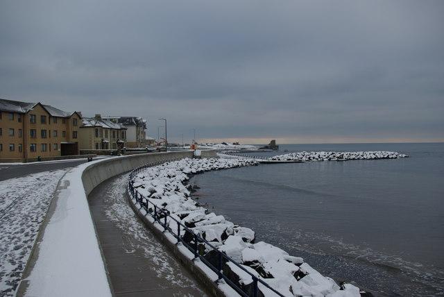 Saltcoats - new sea wall & rock breakwater