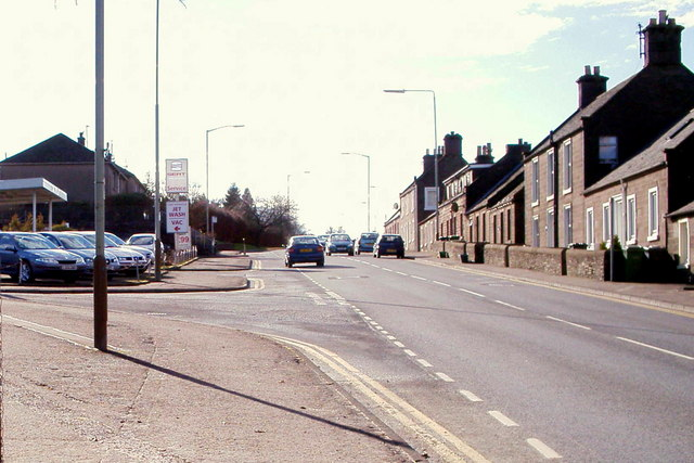 View of Dundee Road, Forfar at its junction with Glenogil Terrace