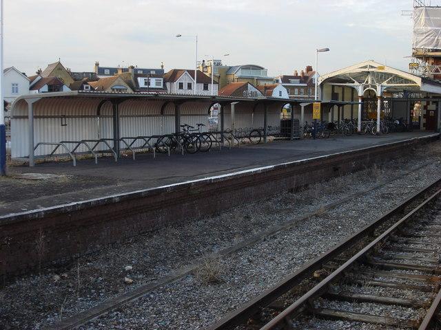 Bicycle rack, Hampton Court station