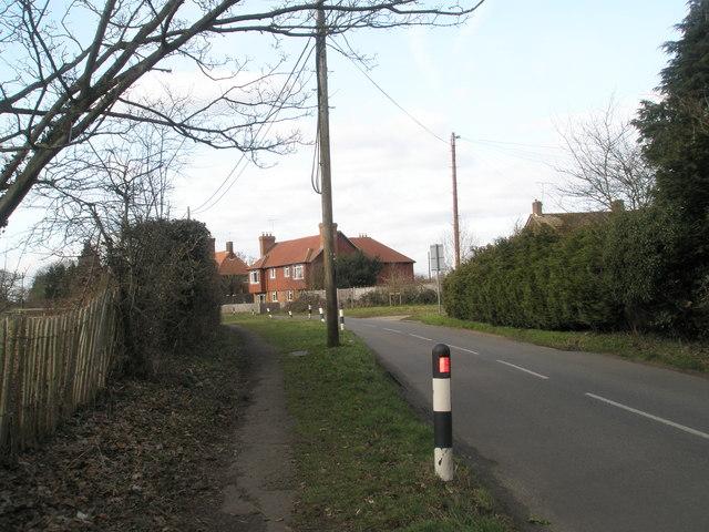 Bend in Wisley Lane