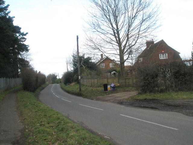 Houses in Wisley Lane