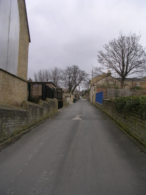 Back Girlington Road - Thorn Street