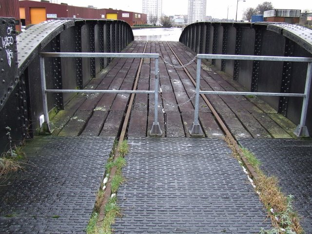 Port Dundas swing bridge