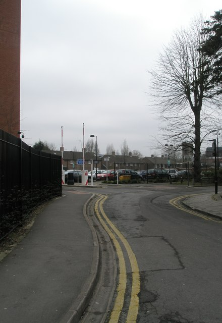 Bend in Claremont Road
