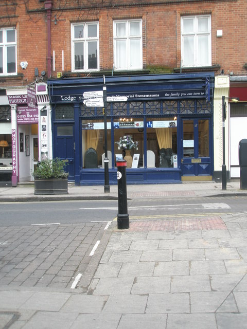 Stonemasons in St Leonard's Road
