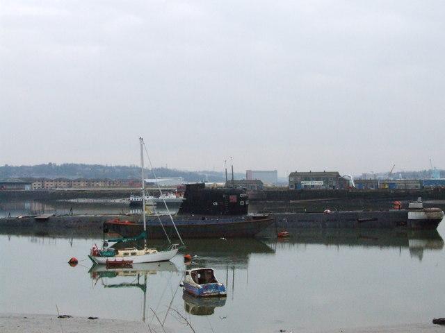 Soviet submarine in the Medway