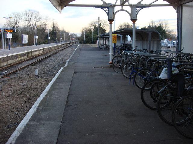 Former platform 3, Hampton Court station