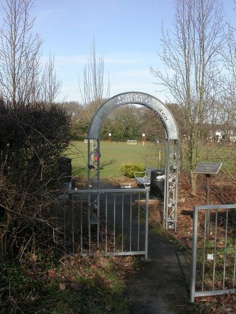 Parley Millennium Garden, arch