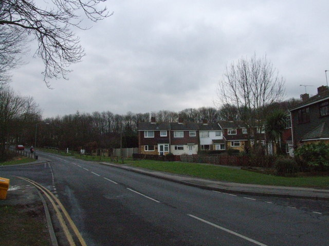 Miers Court Road, Farthing Corner