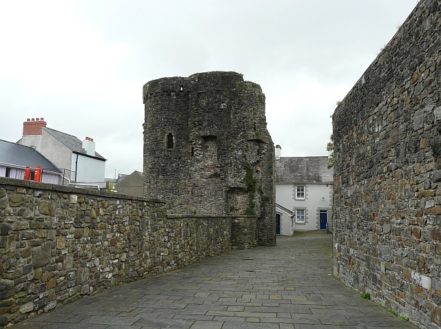 Gaol wall and Old Police Station