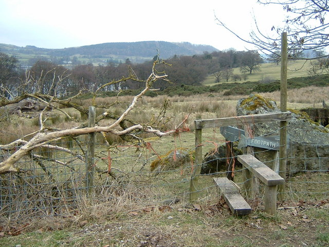 Stile below Auterstone