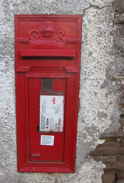 George V postbox at Phocle Green