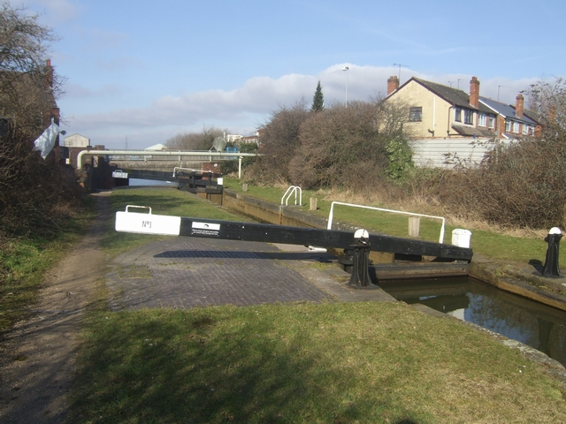 Ryder's Green Locks - Walsall Canal - Top Lock