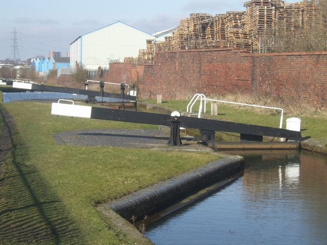 Ryder's Green Locks - Walsall Canal - Lock No 2